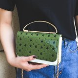 La mujer en el bolso Monedero monedero