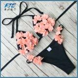 최신 판매 비키니 수영복 여자 수영복은 위로 민다