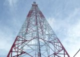 GSMの電気通信4の脚の角の鋼鉄タワー中国製