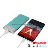 La Banca di riserva di potenza della batteria di fabbrica del caricatore portatile universale all'ingrosso 6000mAh di prezzi per i telefoni mobili
