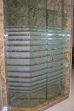 Casa de banho com vidro temperado