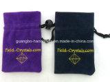 Petite poche faite sur commande de bijoux de cordon de velours