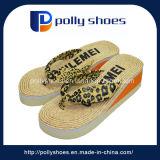 Flip-flop di gomma del cuneo di alta qualità su ordinazione per la signora