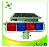El LED rojo azul con destellos solares de tráfico luz de advertencia