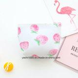 De nouveaux styles de matériel de PU Adorable sac de pièces de monnaie de fraise