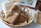 卸売の100%年綿の適正価格のホテルのホーム鉱泉の結婚式手タオル、浴室タオルの