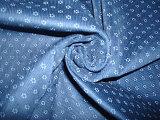 A verificação da cópia no algodão viscoso da planície da parte inferior da tintura entrelaça para a senhora Camisa Utilização