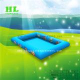 水歩く球をしている子供のための円形の膨脹可能な水泳のプール
