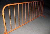 움직일 수 있는 도로 방벽 또는 보행자 방벽 또는 군중 통제 방벽 또는 임시 담
