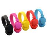 De comfortabele Zuivere Hoofdtelefoon van Bluetooth van de Kleur