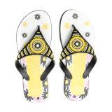 Sandalia de mujer caliente con nuevos colores de PVC Correa