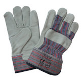 Упор для рук в полном объеме разрез кожи к работе с помощью такелажника перчатки