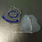 工場によってカスタマイズされる金属のロゴの軍隊のバッジ