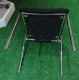 4 ساق أنابيب دورة أسود ظهر أحمر مقادة استقبال كرسي تثبيت