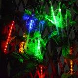 Decoración de Navidad de meteoros de LED de luz con un panel solar