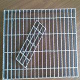 Galvanizado claramente o reja de acero serrada/reja de la barra