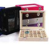 木の宝石箱を包む大きい品質の贅沢な化粧品