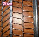 型枠の肋骨の木ずりの網