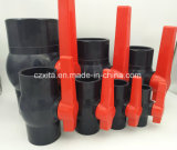Vávula de bola material de la cuerda de rosca del PVC para el uso de agua