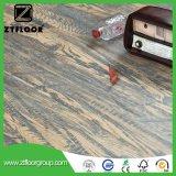 薄板になるV溝の木製の質の表面によってワックスを掛けられる浮き出し防水AC3に床を張る
