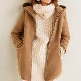 OEM de Manier van het Ontwerp Dame Hooded Parka Coat