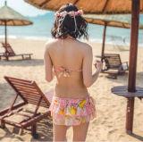 Bikini di riserva grazioso di lustro Anti-UV del pannello esterno di colore rosa del fiore delle tre parti