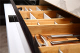 Кухня краски Du Pont верхнего сегмента Welbom конструирует шкафы