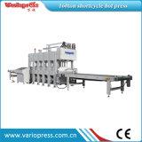 Cargamento automático y descarga de la prensa caliente