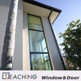 خارجا جدار زجاج شاقوليّ ثابتة مع عال ضوء كلّيّا يليّن زجاج لأنّ دار مشروع