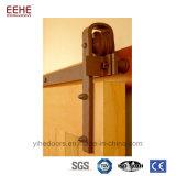 Portello di granaio scorrevole di legno del doppio armadio e fare scorrere il portello di granaio