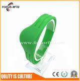 Soem-Entwurfs-China-Lieferant von RFID Plastic/PVC/Silicon Wristband