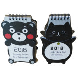 くまか猫はペーパー印刷の卓上カレンダーをカスタマイズする