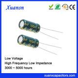 De hoge Elektrolytische Condensator van de Frequentie 100UF 10V