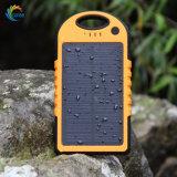 antipolvere Shockproof impermeabile della Banca portatile di energia solare 5000mAh