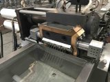 Estirador de tornillo y máquina gemelos avanzados de la granulación para las escamas del animal doméstico