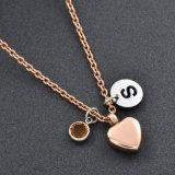 ローズの金の中心の壷のネックレスのPet&Adult記念のCremainsの宝石類