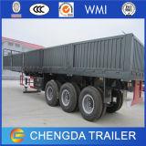 A carga chinesa da parede lateral transporta reboques para a venda