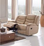 Un sofà di cuoio dei 1+2+3 Recliner con il collegamento di potere 626#