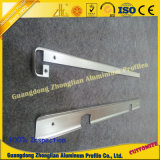 Protuberancia de aluminio con trabajar a máquina de doblez