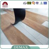 Azulejo de suelo de madera del PVC del grano