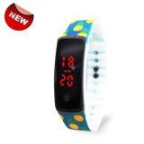 LEIDENE van het Silicone van de Datum van de Armband van de Sporten van Wholesales Digitale Horloges voor Jonge geitjes