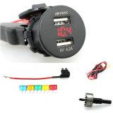 Prise de courant à double prise USB de voiture avec voltmètre