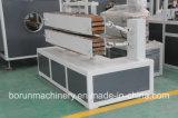 Terminar a linha de produção da extrusão do perfil do PVC