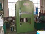 中国の機械装置は油圧出版物を加硫させるゴムをリサイクルする
