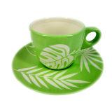 Tasse vitrée par modèle floral et soucoupe en céramique réglées (GW1662)