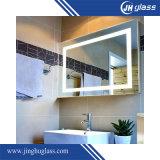 中国の壁に取り付けられたバックライトを当てられた浴室ミラー