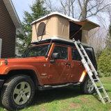 fuori dalla tenda della cremagliera di tetto di Tralier del campeggiatore della tenda della parte superiore del tetto dell'automobile di campeggio della strada 4WD