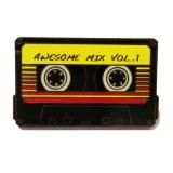 La cinta de audio de metal personalizados insignia de solapa para el recuerdo