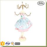 Présentoirs Shaped de bijou en métal de résine de décoration de poupée élégante à la maison de filles