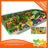 En el interior del bosque del Parque de Diversiones Parque de diseño de interiores juegos para niños